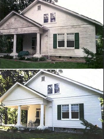 Before and after pictures of a house siding cleaning job in Little Rock